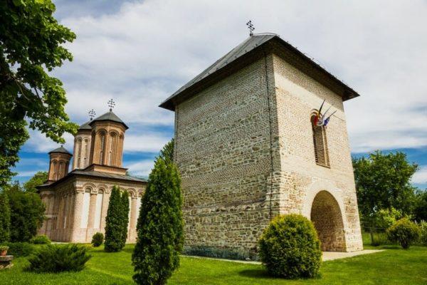 dracula-tour-transylvania-live