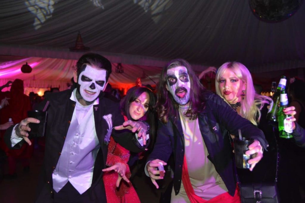 dracula-tour-romania-halloween-party-at-dracula's-castle-in-transylvania
